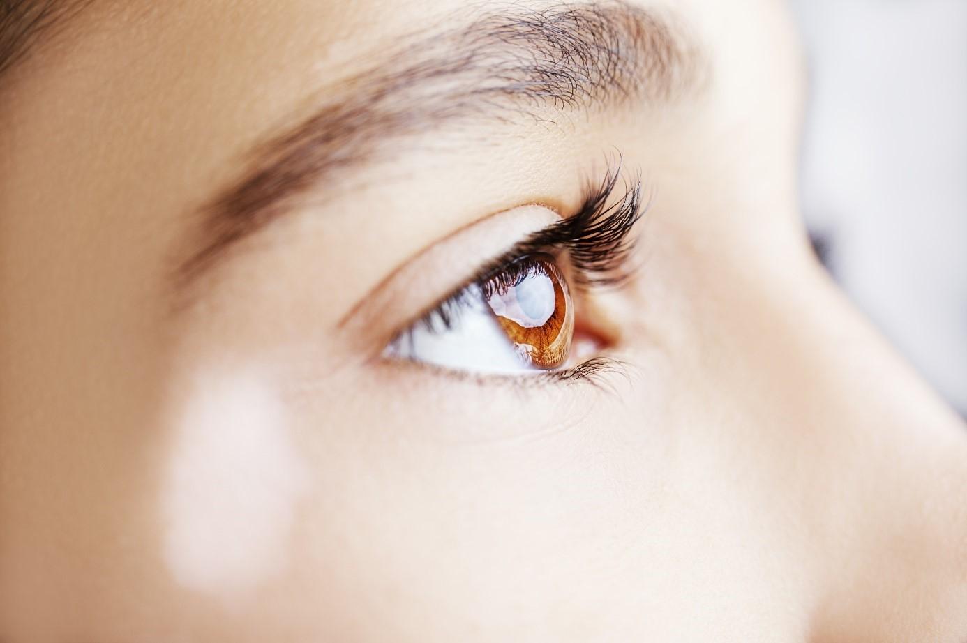 Latanoprosta Melhora a Pigmentação da Área dos Olhos com Vitiligo